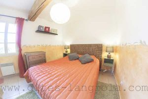 bedroom for 2 persons grape pickers suite